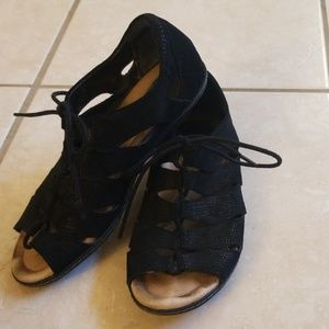 Earth Womens sz 8 Blk Leather